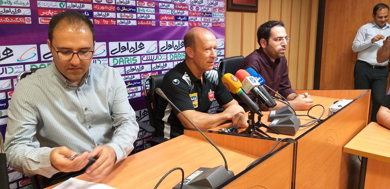 کالدرون: شرایط پرسپولیس راضیکننده است/ بازیکنان ایرانی به اروپاییها نزدیک هستند