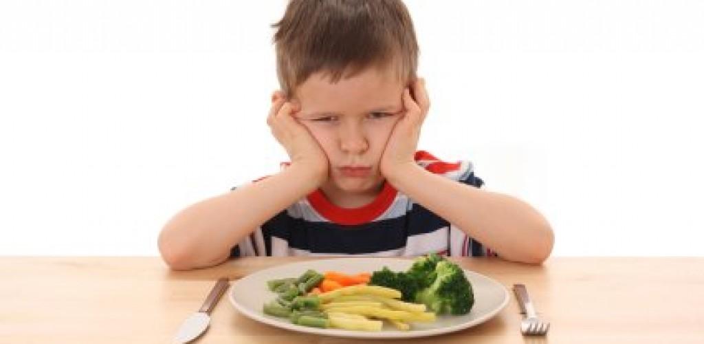 ساعت 20 پنج شنبه///فرد چگونه دچار سوتغذیه می شود؟