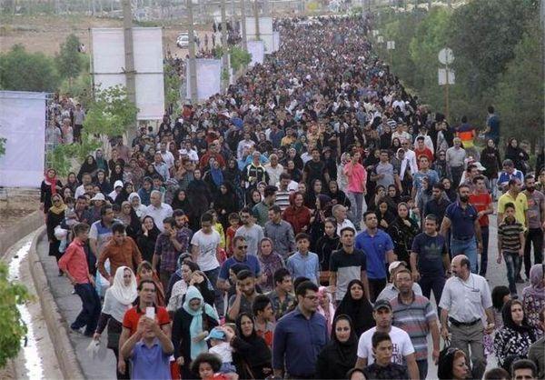 برگزاری همایش بزرگ پیاده روی خانوادگی در شهر ایلام