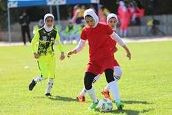راهیابی بانوی فوتبالیست کردستانی به اردوی تیم ملی