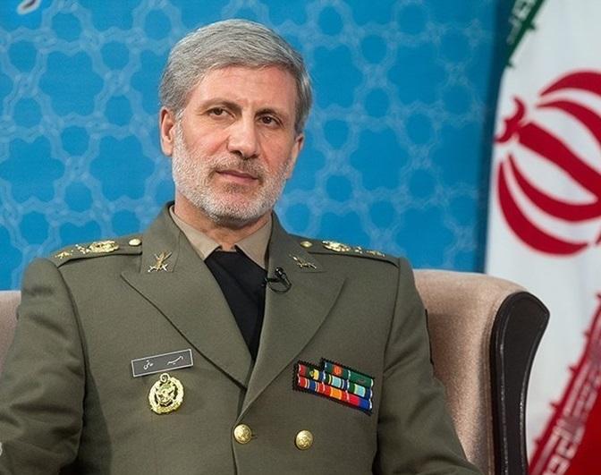 گزینه ایران صلح و دوستی در منطقه و جهان است/ صنعت دفاعی برای تحقق راهبرد بازدارندگی فعال است