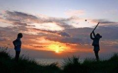 باشگاه خبرنگاران -تصاویر روز: از شترسواری گردشگران در چین تا شنای وال غولپیکر در سواحل لیما