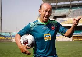 کالدرون: استفاده از بازیکنان جوان فلسفه فوتبال آرژانتین است / من نماینده و مربی فیفا هستم