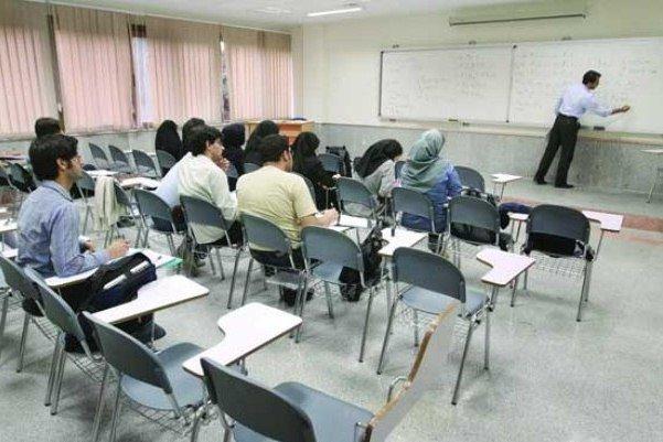 فارغ التحصیلان یقه سفید در آینده مشکل سازند / برنامه ریزی برای تبدیل ۵۰ درصد آموزشها به مهارت طبق برنامه ششم