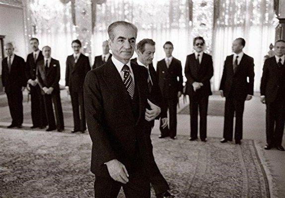 باشگاه خبرنگاران -همهچیز درباره روزی که شاه مخلوع به فریبخوردن از آمریکا اعتراف کرد