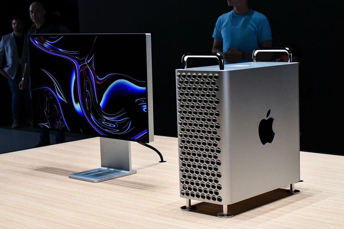 دستور ترامپ جهت عدم استفاده از قطعات چینی در تولید لپتاپهای اپل