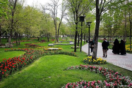 توسعه فضای سبز مشهد با استفاده از اراضی آستان قدس رضوی