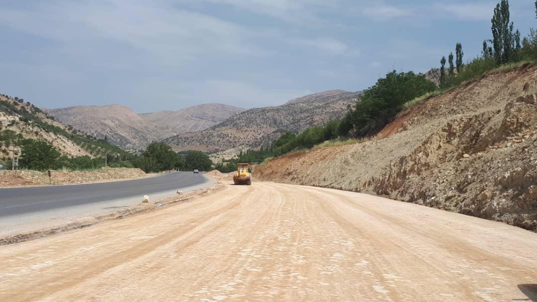 جاده یاسوج به سیسخت نیاز به ۴ بانده شدن ندارد!/ قطع درختان ۵۰۰ ساله بلوط به خاطر هیچ و پوچ