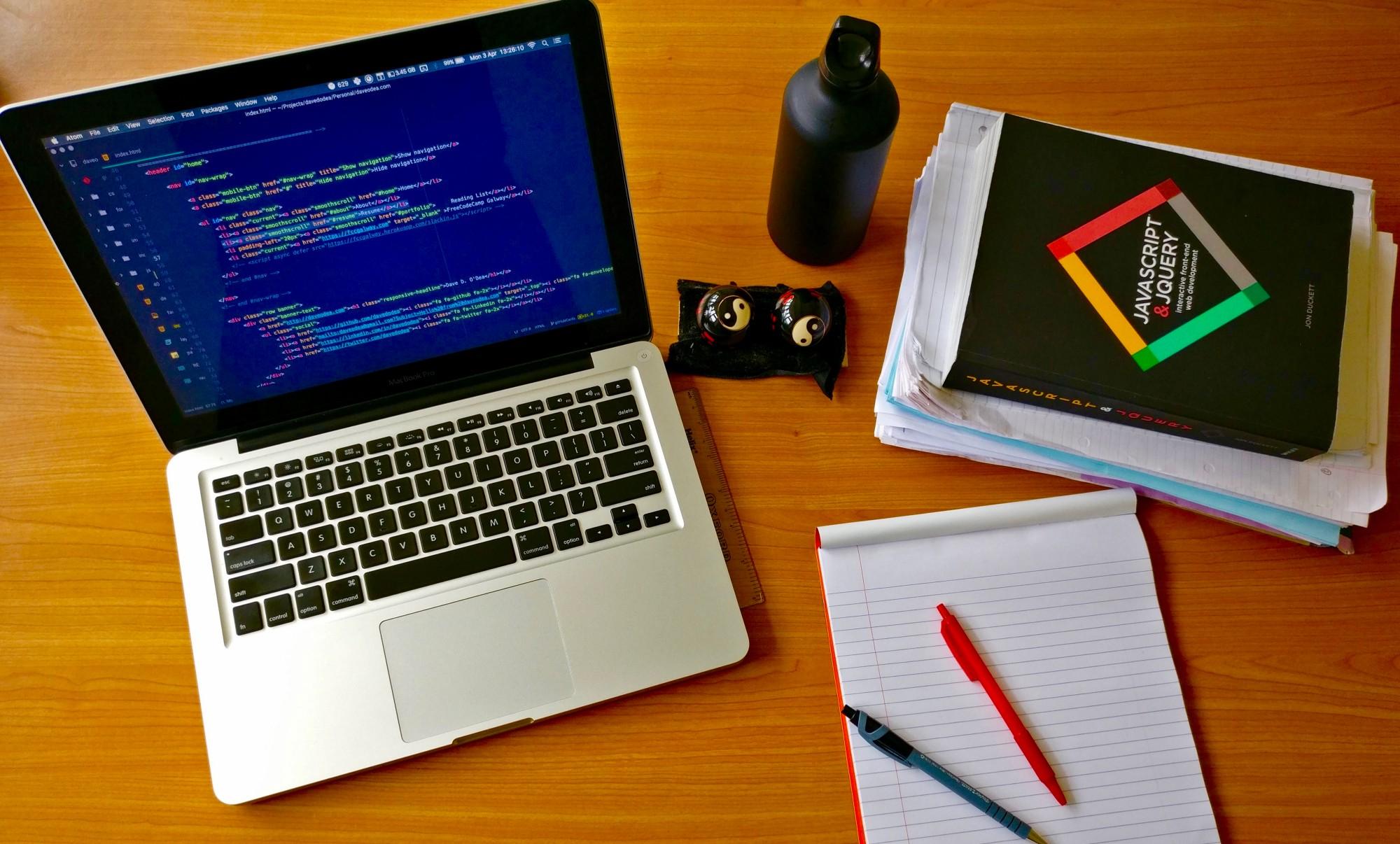 استخدام برنامه نویس در یک شرکت معتبر