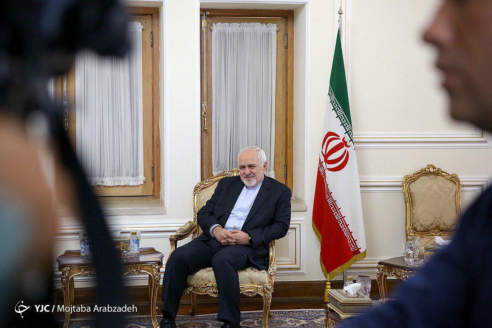 ظریف با رئیسجمهور فرانسه دیدار می کند