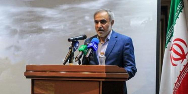 باشگاه خبرنگاران -بسیجیان ادارات برای مبارزه با مفاسد اقتصادی پیمان می بندند