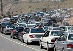 ترافیک سنگین در برخی جادههای مازندران / جاده هراز یکطرفه شد