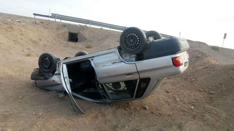 دو واژگونی خودرو و ۱۰ زخمی در تصادفات جادههای استان همدان