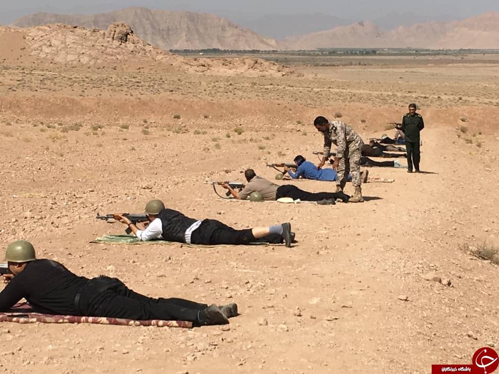 تیرانداز کهنوجی قهرمان مسابقات تیراندازی عشایر استان کرمان + تصاویر