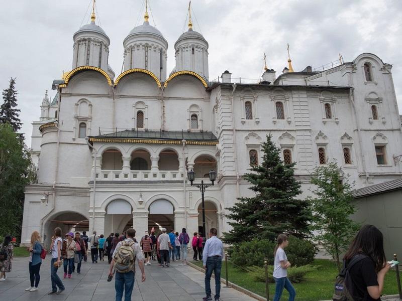 گشتی در کاخ باشکوه پوتین/ از باغی مسحور کننده تا تدابیر خاص امنیتی + تصاویر