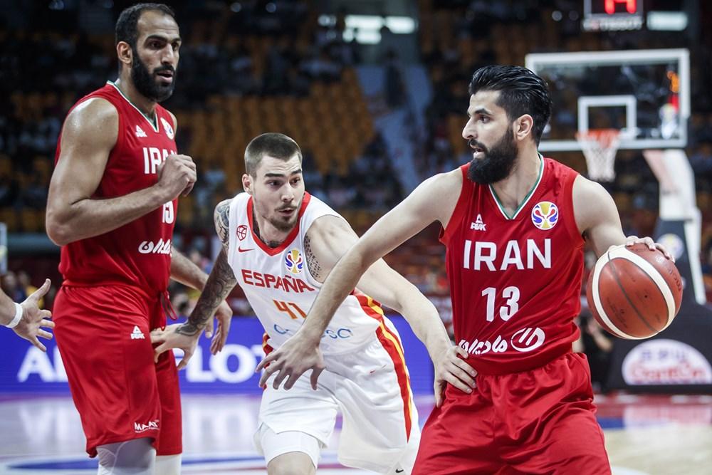 تیم ملی بسکتبال ایران ۶۵ - اسپانیا ۷۳ / تیم دوم جهان مُرد تا برد / امید برای المپیک زنده ماند