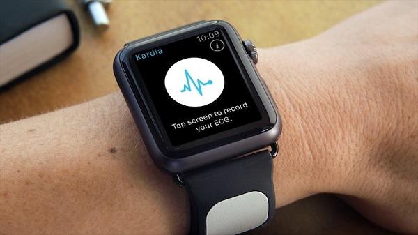 پاداش اپل به خریداران Apple watch