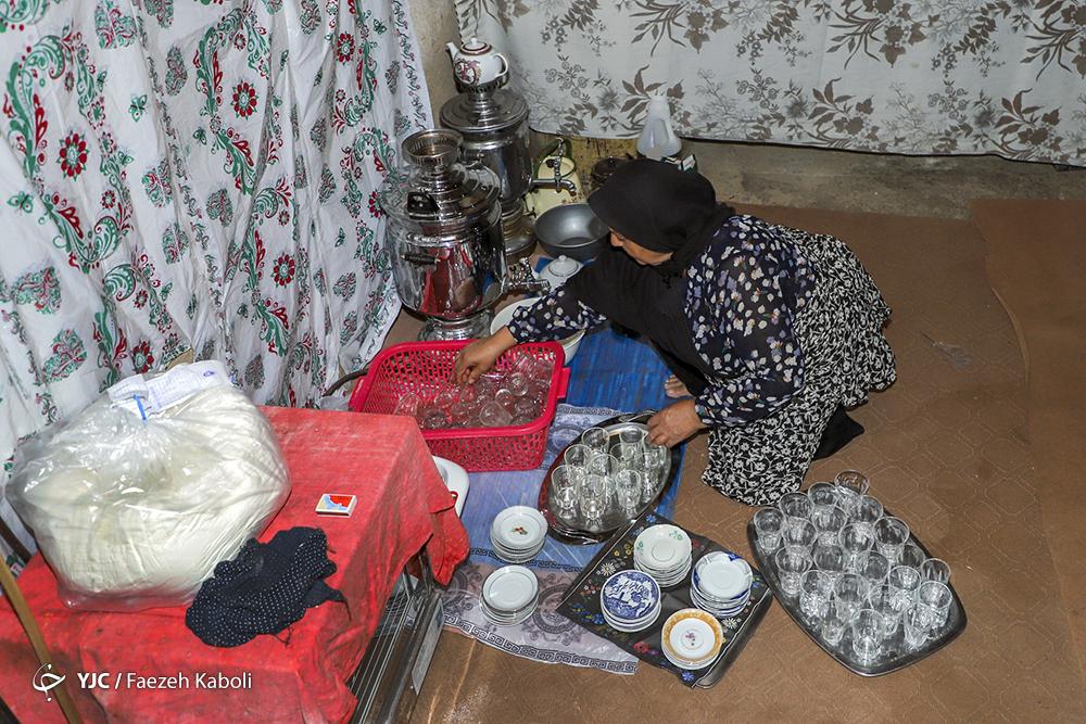 هیئت ما/ روضه خوانی در خانه دَده (دده در گویش محلی یعنی خواهر)