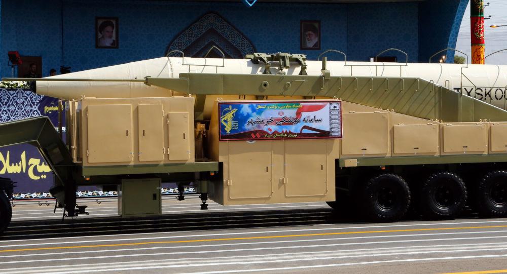 موشک بالستیکِ «خرمشهر»، یک تیر و چند نشان + تصاویر