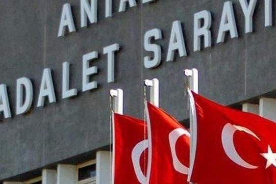 محکومیت مقام حزب مخالف دولت ترکیه به ۱۰ سال حبس