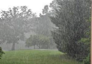 بارش شدید باران از عصر امروز/ پرهیز از استقرار در حاشیه رودخانه/نامناسب بودن دریا برای شنا