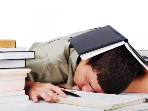 ساعت 14////بهترین راهکار ها برای مطالعه کردن کدام اند؟