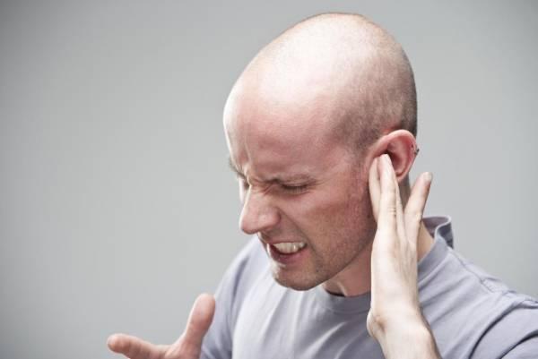 ساعت 15////منیر که می تواند به سطوح داخلی گوش آسیب وارد کند