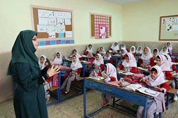 سرانه فضاهای آموزشی ۱۱ استان زیر خط میانگین کشوری/ جمع آوری همه بخاریهای نفتی در سال تحصیلی جدید
