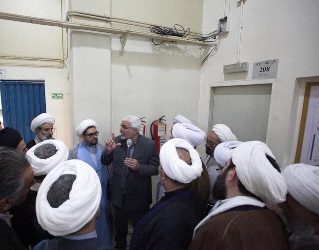 بازدید ائمه جمعه استان اصفهان از سایت هسته ای