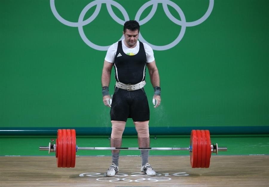 براری: شرایط تیم ملی وزنهبرداری خوب نیست/ برخواه اشتباهاتش را قبول نمیکند/ چرا از دیگران مشورت نمیگیریم