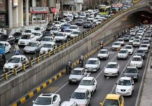 ترافیک صبحگاهی در بزرگراههای حکیم و همت