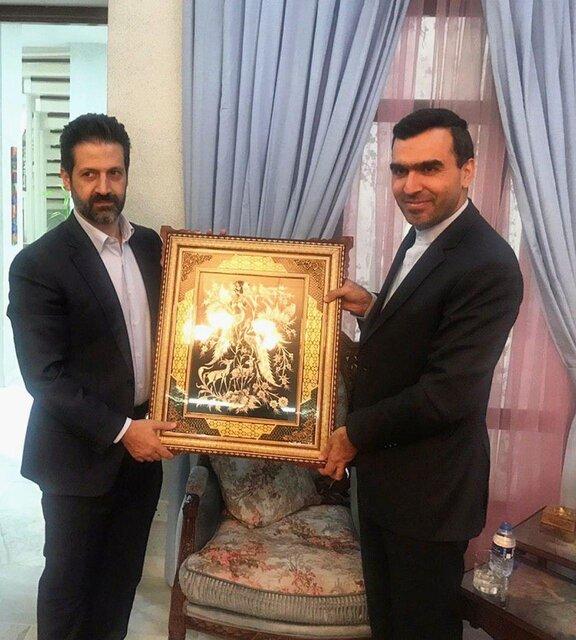 اعلام آمادگی شرکتهای ایرانی برای سرمایهگذاری در اقلیم کردستانسرکنسول ایران در سلیمانیه با معاون نخست وزیر اقلیم کردستان دیدار و رایزنی کرد.