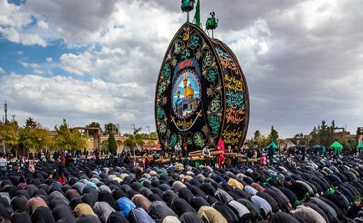 آئین نخل برداری حکایت عشق و ارادت مردم دارالعباده یزد به ابا عبدالله الحسین (ع)