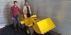 ساخت اولین لودر خورشیدی توسط مبتکران کردستانی