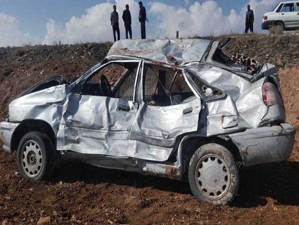 واژگونی یک دستگاه خودرو سواری پراید