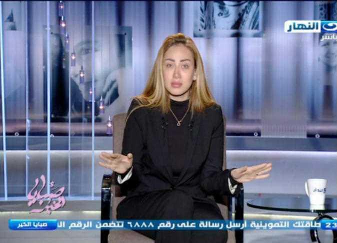 جنجالهای خانم مجری سرشناس/ از کشف حجاب جلوی یک شیخ عرب تا متهم شدن به کودک ربایی+ تصاویر