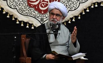 عزاداریهای غیرعقلانی توطئه دشمنان برای تخریب مجالس حسینی (ع)