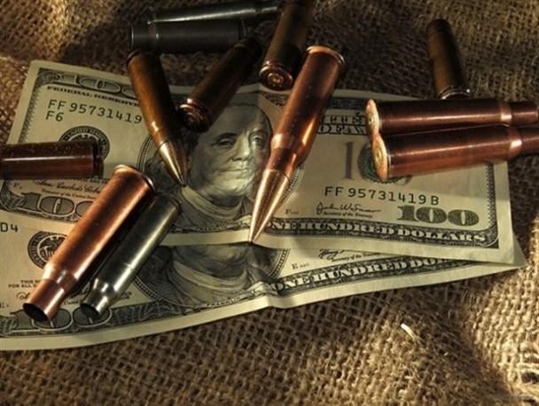 خرید و فروش اسلحه،تجارتی استوار بر پایه ی خون و کشتار / رشد سه برابری خرید اسلحه از سوی آل سعود