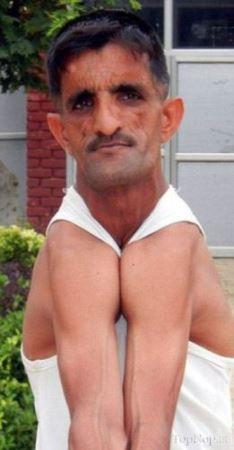 قابلیت بدنی عجیب این مرد ایرانی همه را شوکه کرده است!