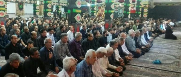 اقامه نماز ظهر عاشورا در بوشهر