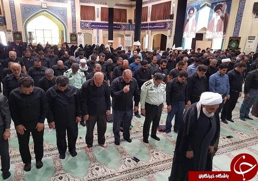 برگزاری نماز ظهر عاشورا در آبادان+تصاویر