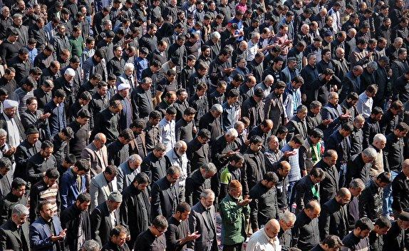 باشگاه خبرنگاران -اقامه نماز ظهر عاشورا در یاسوج