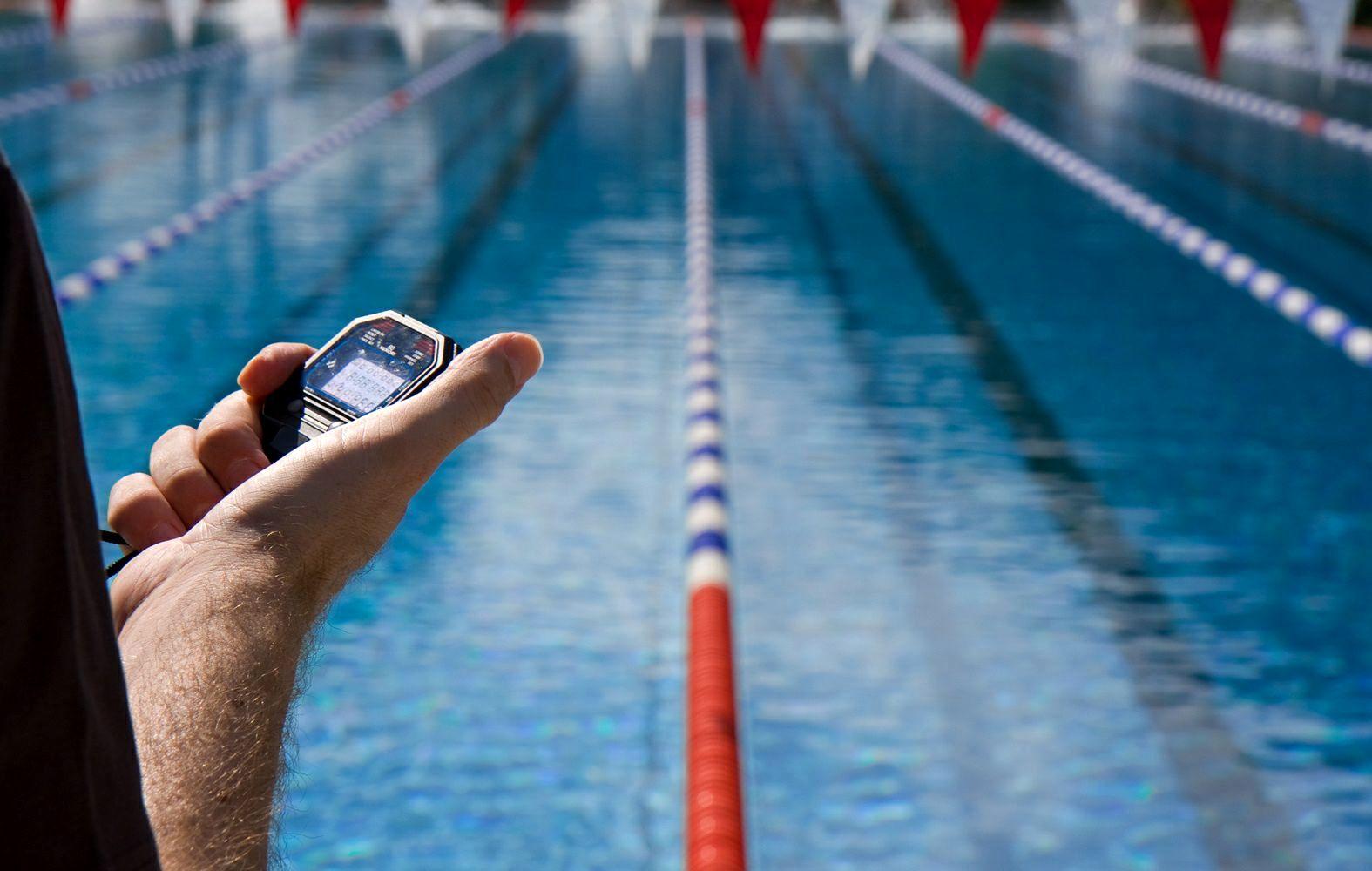 ساعت 10///شنا کردن بر لاغری تاثیر دارد/برای مقابله با خونریزی باید چه کرد/اطلاعاتی درباره فواید بهترین سبزی/صحبت کردن در خواب چه تاثیراتی بر بدن دارد/