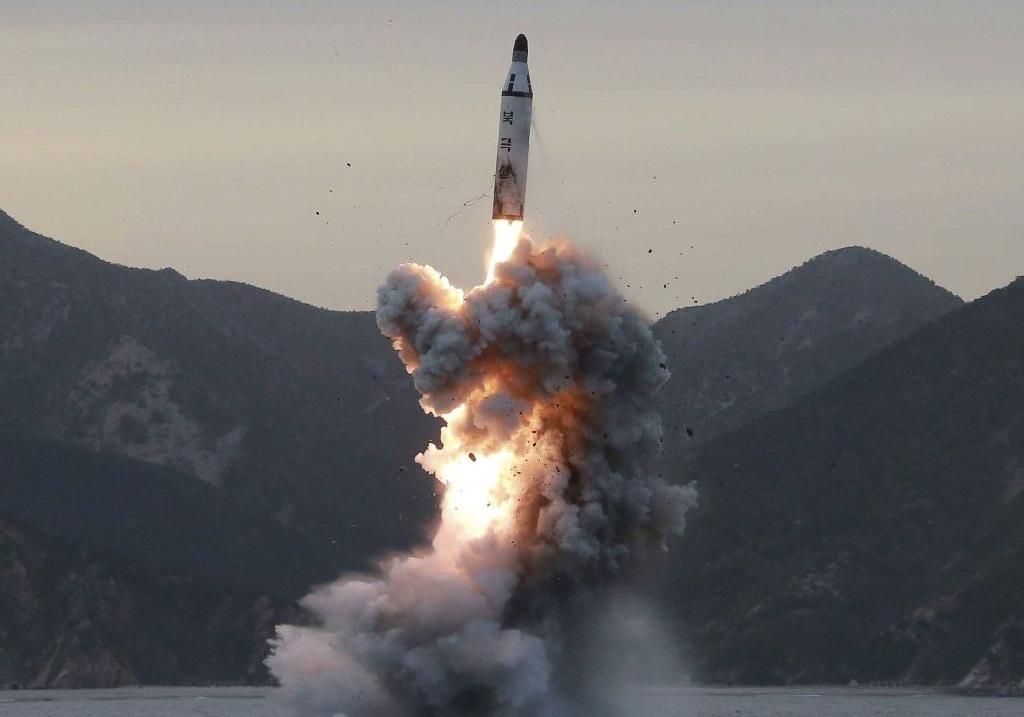 آزمایش موشک بالستیک توسط کره شمالی
