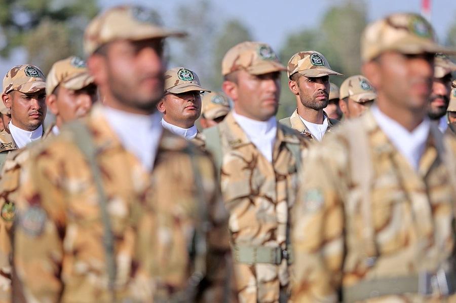 استخدام سربازان در نیروهای مسلح چگونه است؟