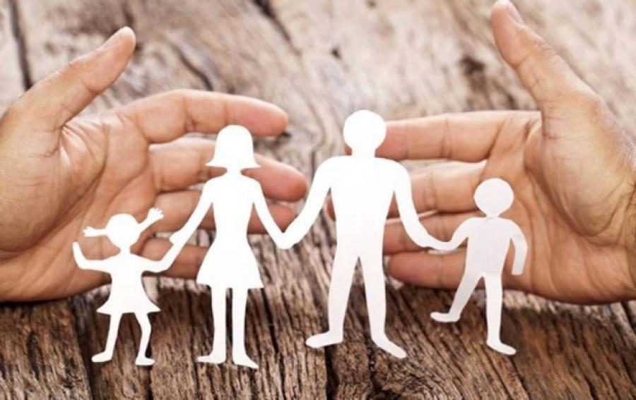 اولویت حضانت فرزند با کسی است؟