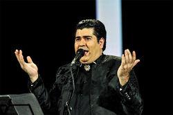 حرکات نامتعارف این بار در کنسرت سالار عقیلی/ وزارت ارشاد باز هم سکوت میکند؟!