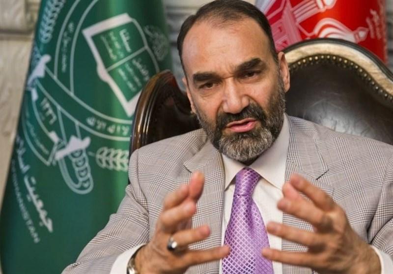 ما با طالبان صلح می کنیم و در برابر افراد لجوج سلاح بر می داریم/ انتخابات مهندسی شده است