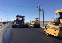 اختصاص بیش از ۱۸ هزار تن آسفالت گرم برای بهسازی و روکش آسفالت محور ترانزیت زنجان – قزوین