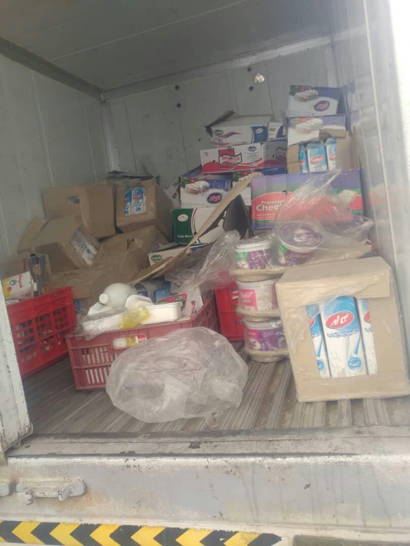 جمعآوری بیش از ۷۶ تن مواد غذایی فاسد در ایرانشهر